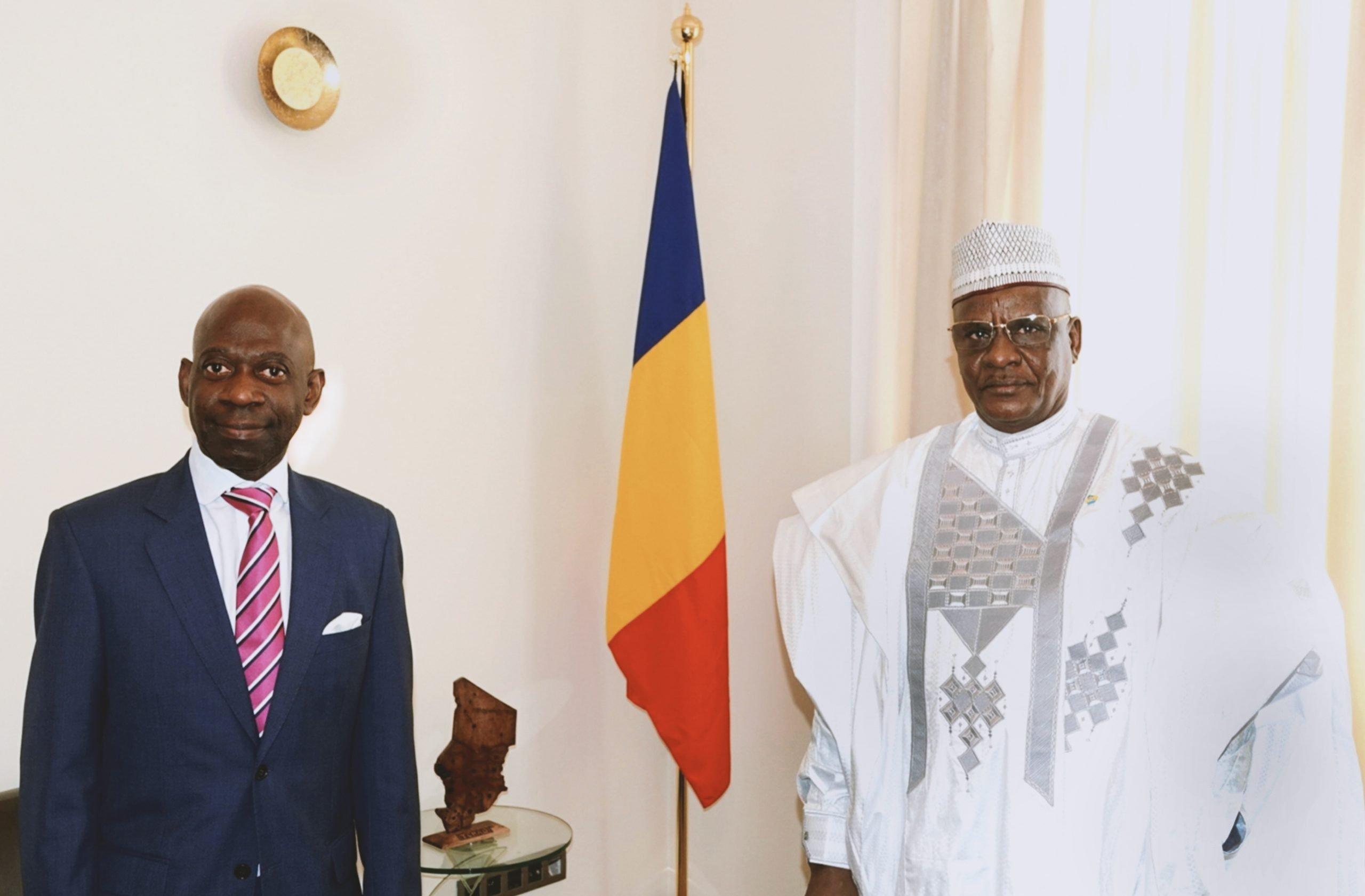 Nvono-Ncá con Embajador de Chad